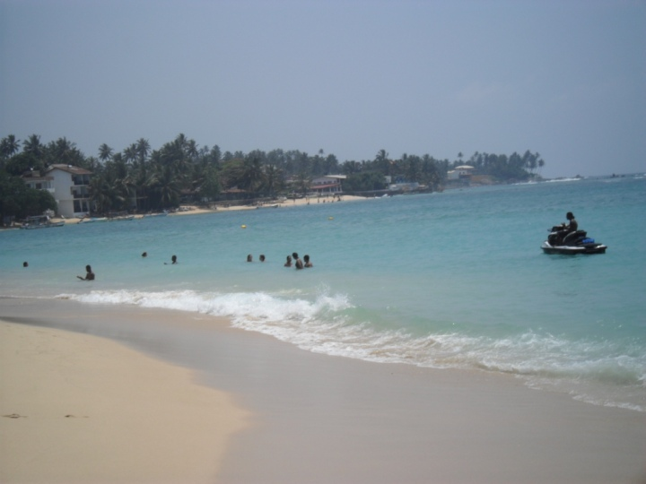 water sports at unawatuna